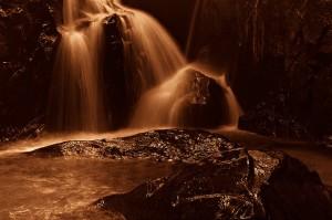 Ortopraxis   Serting Waterfalls in Mono - Fadzly Mubin